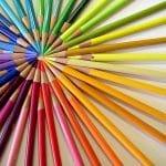 variedade-de-lápis-de-cor